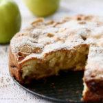 214 Рецепт Дієтична яблучна шарлотка з медом на житнього борошна