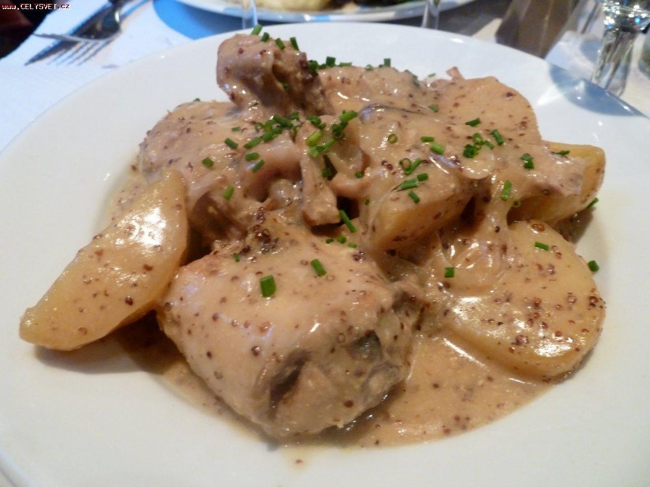 Рецепт Запечене м'ясо в вершковому соусі