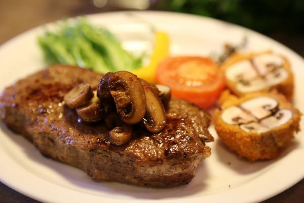Рецепт Рубаний біфштекс з соєвого м'яса
