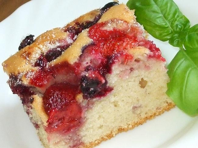 532 Рецепт Масляний пиріг з карамелевими фруктами «Компроміс»