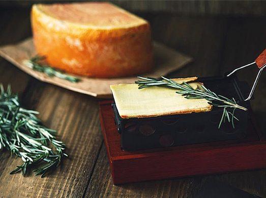 1821 Раклет — сыр для настоящих гурманов