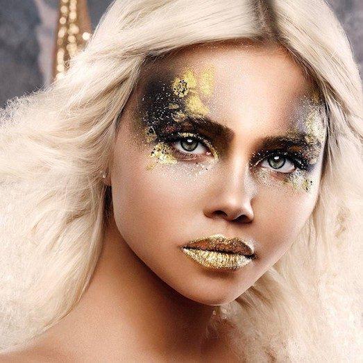Красивий і модний макіяж в золотих тонах