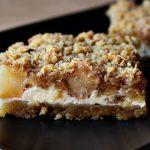 2715 Яблучно-сирний десерт з вівсяної крихтою