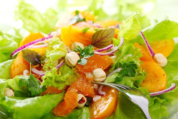 2730 Салат з мандаринами і хурмою