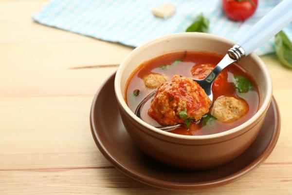 2771 Томатний суп з рибними фрикадельками
