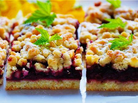 Рецепт Тертий пиріг з вишнею