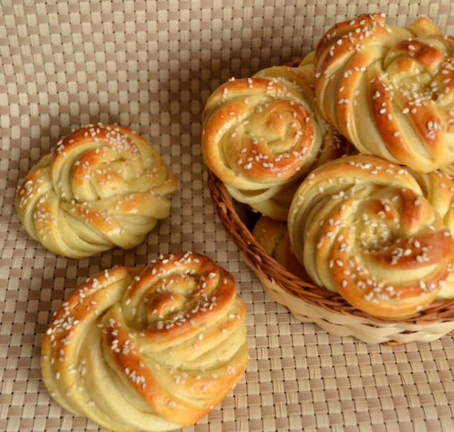 Рецепт Хлібні булочки з сиром