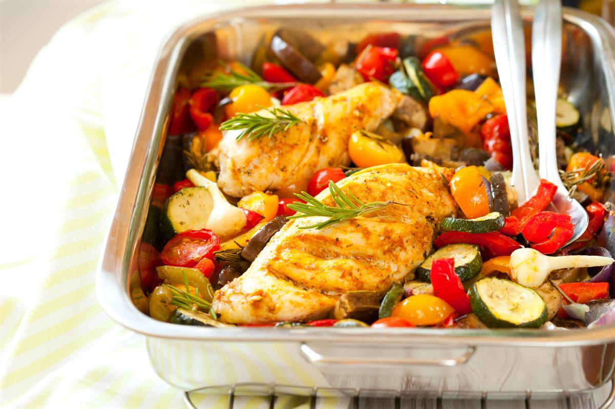 3484 Рецепт Куряча грудка з овочами асорті
