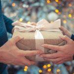 4242 Який подарунок краще: корисний і раціональний або креативний, унікальний