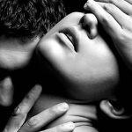 6473 Только слабый мужчина заставляет женщину любить по-настоящему, но отказывается любить в ответ