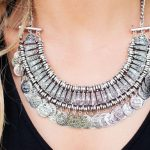 6704 Каким знакам Зодиака нельзя носить серебро?